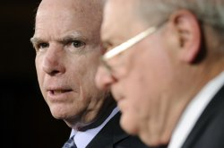 Sens. Levin and McCain propose filibuster reform on US Capitol