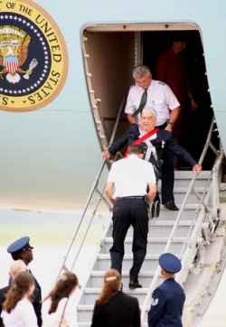 PRESIDENT BUSH DEPARTS FOR CANADIAN SUMMIT IN WACO TEXAS