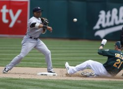 New York Yankees make triple play in Oakland, California
