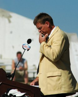 TROY AIKMAN HAS EMOTIONAL MOMENT