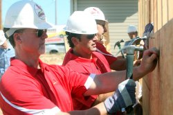 St. Louis Cardinals help rebuild Joplin, Missouri one house at a time