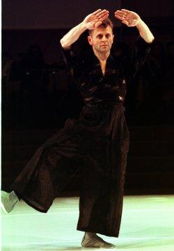 Mikhail Baryshnikov premieres new Japanese ballet