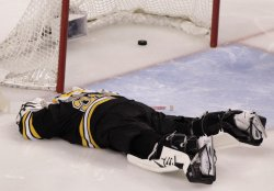 Bruins Thomas gives up goal to Capitals at TD Garden in Boston, MA.