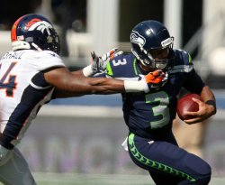 Seattle Seahawks beat the Denver Broncos 26-20 in overtime in Seattle.