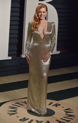 Amy Adams arrives for the Vanity Fair Oscar Party in Beverly Hills