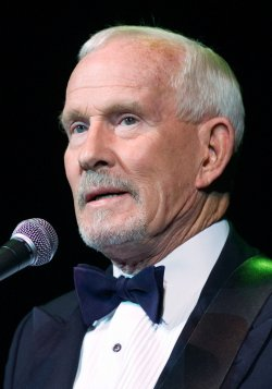 SMOTHERS BROTHERS PERFORM AT RIVER ROCK CASINO NEAR VANCOUVER
