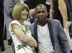 Anna Wintour watches tennis at the US Open
