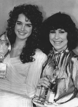 Brooke Shields and Diana Canova receive People's Choice Awards