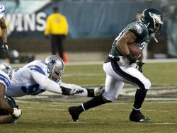 Philadelphia Eagles Jerome Harrison gains 9 yards in the first quarter,
