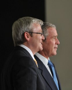 Bush Welcomes Summit Leaders to the White House