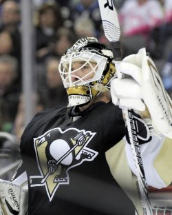 Pens Tomas Vokoun Replaces Fleury for Third Period in Pittsburgh