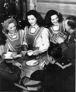 Hedy Lamarr dies at 86
