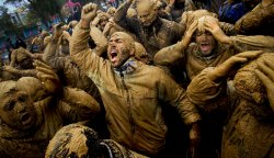UPI Pictures of the Year 2012 - NEWS & FEATURES