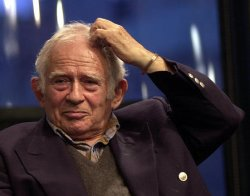 "Norman Mailer and Lawrence Schiller discuss their novel ""Into the Mirror"""