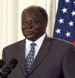 BUSH HOSTS KENYAN PRESIDENT KIBAKI ON STATE VISIT
