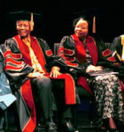 Nelson Mandela and wife Graca Machel