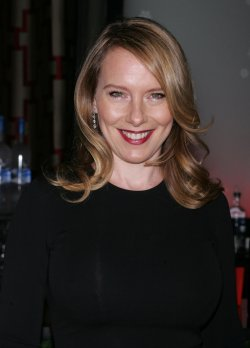 Amy Ryan arrives at the 2009 New York Film Critic's Circle Awards in New York