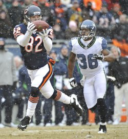 Bears Olsen catches touchdown pass against Seahawks in Chicago