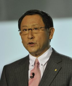 Toyoda speaks at the 2011 NAIAS in Detroit