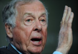 T. Boone Pickens participates in the Milken Institute Global Conference in Beverly Hills, California