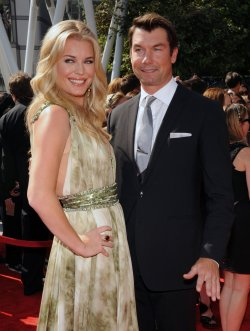 Rebecca Romijn and Jerry O'Connell arrive at the Primetime Creative Arts Emmy Awards in Los Angeles