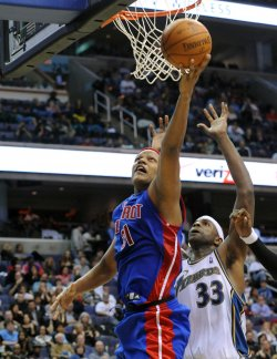 Pistons Villanueva scores against the Wizards in Washington