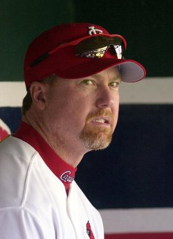 Former slugger Mark McGwire to return to St. Louis Cardinals as batting coach