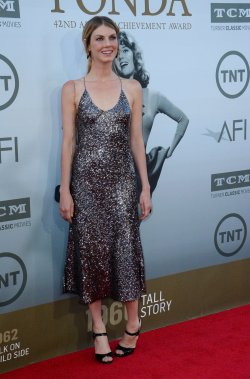 Jane Fonda honored with AFI Life Achievement Award in Los Angeles