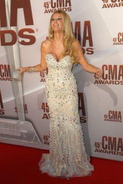 Sandra Lee at the 2011 CMA Awards in Nashville