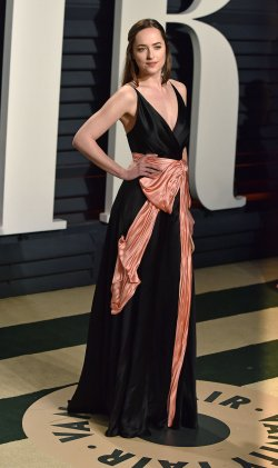 Dakota Johnson arrives for the Vanity Fair Oscar Party in Beverly Hills