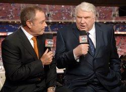 Sports broadcaster John Madden retires
