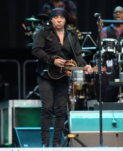Bruce Springsteen & The E- Street Band performs in London