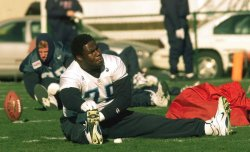 Titans prepare for Super Bowl XXXIV