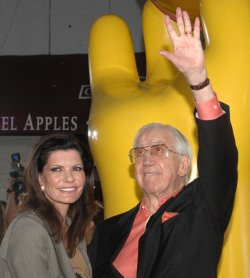 Ed McMahon dies at 86 in Los Angeles