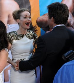 "Leslie Mann and Jason Bateman attend the premiere of ""The Change-Up"" in Los Angeles"