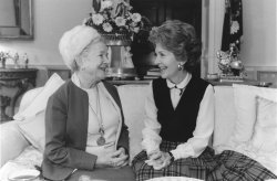 Nancy Reagan meets with Helen Hayes at White House