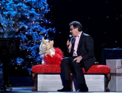Vince Gill and Miss Piggy at the 2011 CMA Country Christmas special in Nashville