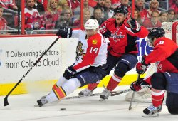 Panthers Tomas Fleischmann carries the puck against Capitals Karl Alzner in Washington