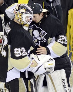 Penguins Wins Round Two 6-2 in Pittsburgh