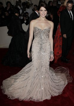 Ashley Greene arrives at the Costume Institute Gala Benefit in New York