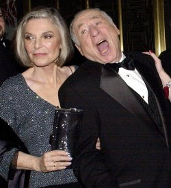ANNE BANCROFT DIES AT THE AGE OF 73