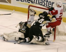 Detroit Red Wings vs Pittsburgh Penguins, NHL Stanley Cup Final Game 3