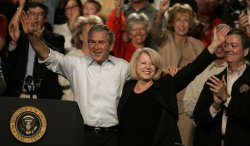 PRESIDENT BUSH CAMPAIGNS IN COLORADO