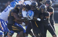 Missouri Tigers tackle Middle Tennessee runner