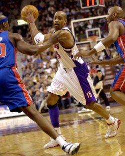 Toronto Raptors vs Detroit Pistons NBA game