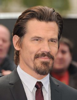 "Josh Brolin attends the UK premiere of ""Men In Black 3"" in London."