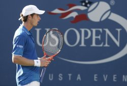Andy Murray plays defeats Paul Capdeville on day 5 at the US Open Tennis Championships in New York