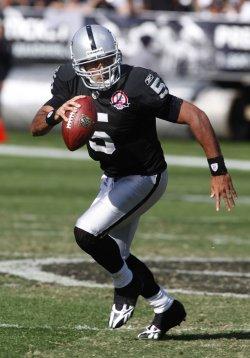 New York Jets Shonn Greene scores TD against the Raiders in Oakland, California