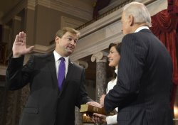 Newly- elected Sen. Dean Heller sworn in to begin 113th Congress on Capitol Hill