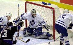Toronto Maple Leafs vs Los Angeles Kings NHL game